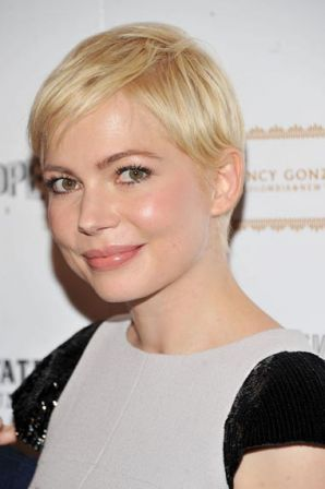 Michelle_Williams_Cinema_Society_Nancy_Gonzalez_-eAfi8xcbe-l.jpg