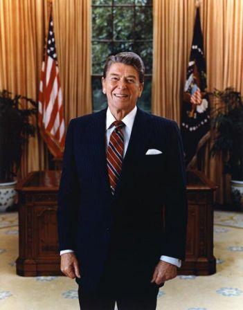 http://popmovies.blog.free.fr/public/.Ronald-Reagan-1985_m.jpg