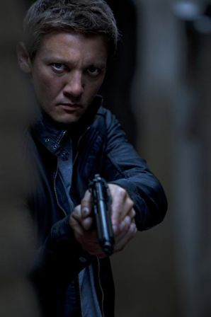the-bournelegacy-jeremy-renner-movie-image.jpg