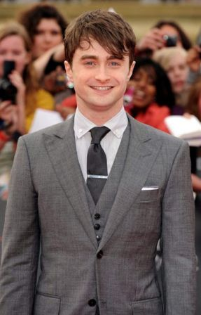 Harry_Potter_Deathly_Hallows_Part_2_premiere_yiuZNv5rpWsl.jpg