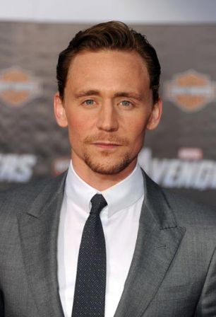 Tom_Hiddleston_Premiere_Marvel_Studios_Marvel_xqUvvHtdKbRl.jpg