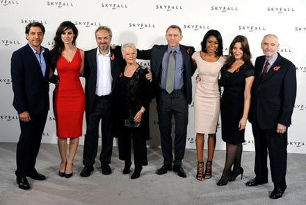 Bond_23_photo_call_pEEVT6Ib0eil.jpg