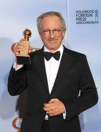 69th_Annual_Golden_Globe_Awards_Press_Room_3LEc2GNRkR8l.jpg