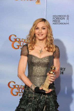69th_Annual_Golden_Globe_Awards_Press_Room_uNot026a10Ml.jpg
