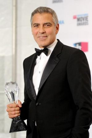 George_Clooney_17th_Annual_Critics_Choice_-yRIWXJjG_Il.jpg