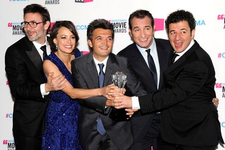 Michel_Hazanavicius_17th_Annual_Critics_Choice_AZVVmhzUlwdl.jpg