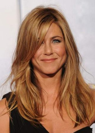 jennifer-aniston-2010-golden-globes-3.jpg