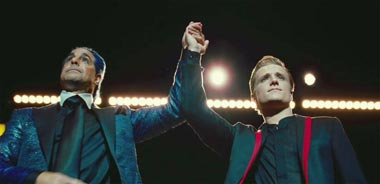 Stanley-Tucci-and-Josh-Hutcherson-in-The-Hunger-Games-2012-Movie-Image.jpg