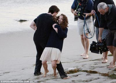 terrence-malick-movie-image-set-photo-portman-bale-1.jpg