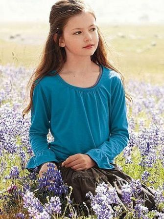 breaking-dawn-mackenzie-foy-2011-a-p.jpg