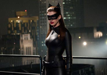anne-hathaway-the-dark-knight-rises-review.jpg