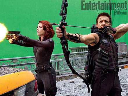 black-widow-hawkeye_avengers-set-photos-ew.jpg