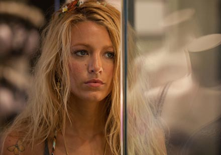 blake-lively-savages-image1.jpg