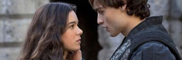 romeo-and-juliet-movie-image-hailee-steinfeld-douglas-booth-slice.jpg